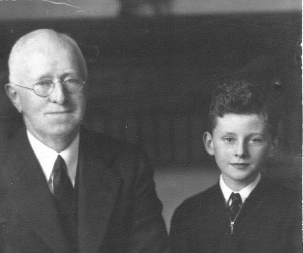 cousin-robert-bob-and-his-grandfather-william-2