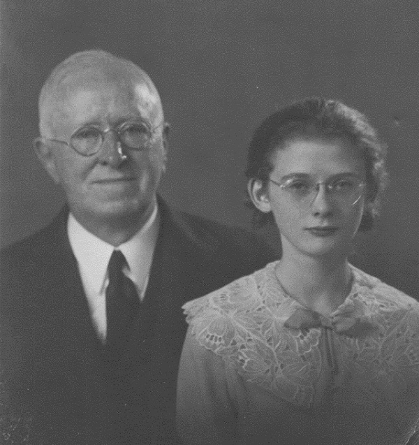 cousin-roberts-sister-janet-and-his-grandfather-william-taken-c-1933-copy-2