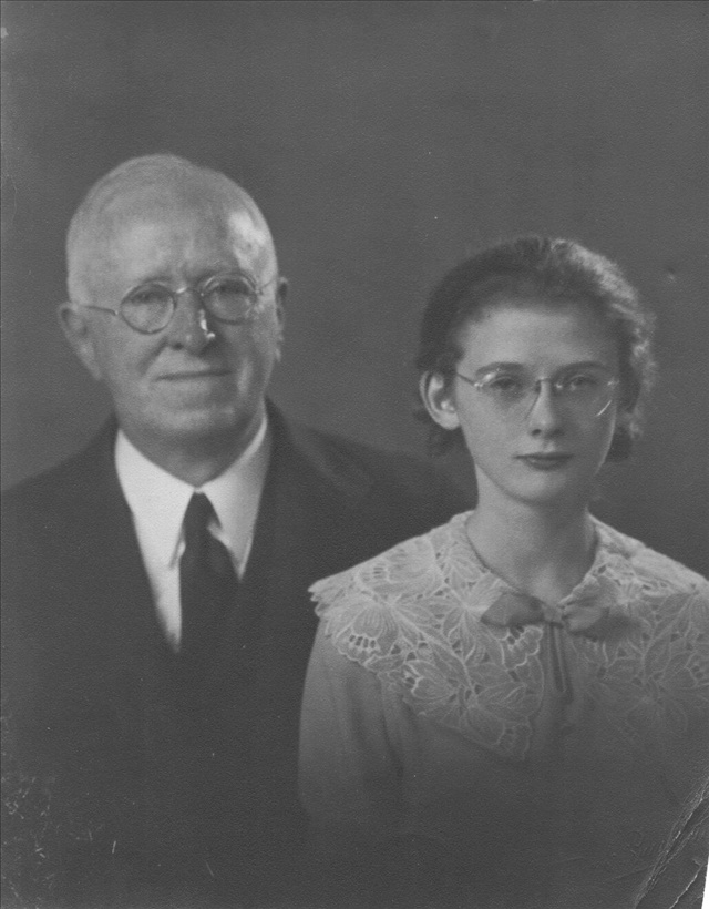william-and-granddaughter-janet-1933